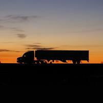 Imagem representando o domínio trucker.com.br